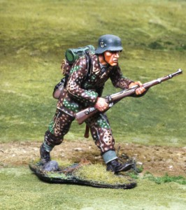 Waffen SS Advancing ― AGES